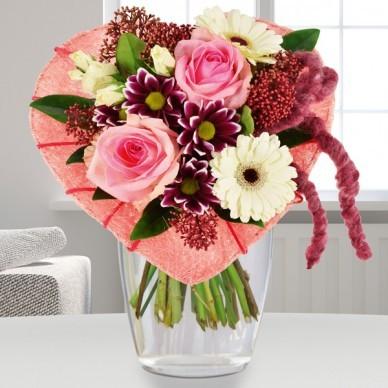 Blumenstrauß Herzform rosa weiß