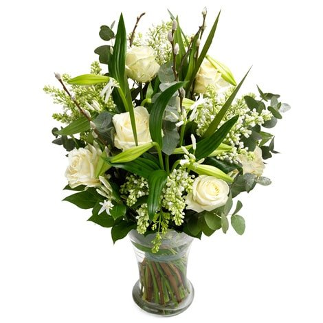 weißer Blumenstrauß Anmut